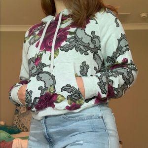 Shirt/hoodie